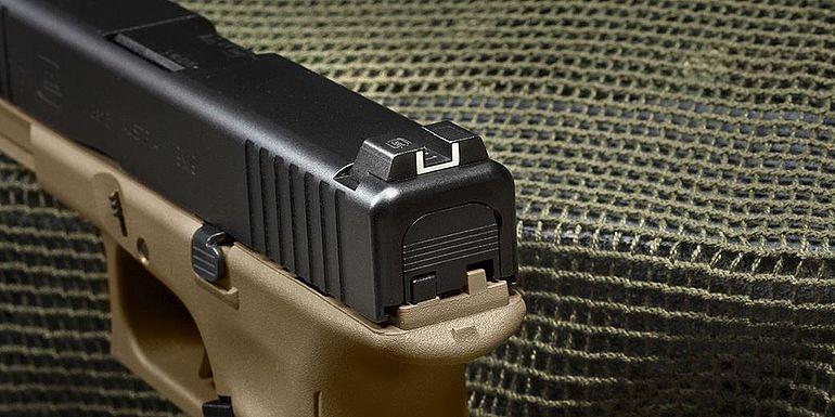 Glock_G17_Gen5_FR_Coyote_3.jpg